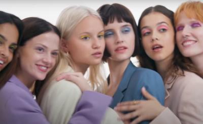 """Gwiazda programu """"Top Model"""" Ania Piszczałka pokazała się na zdjęciach na portalu społecznościowym Instagram kompletnie nago."""