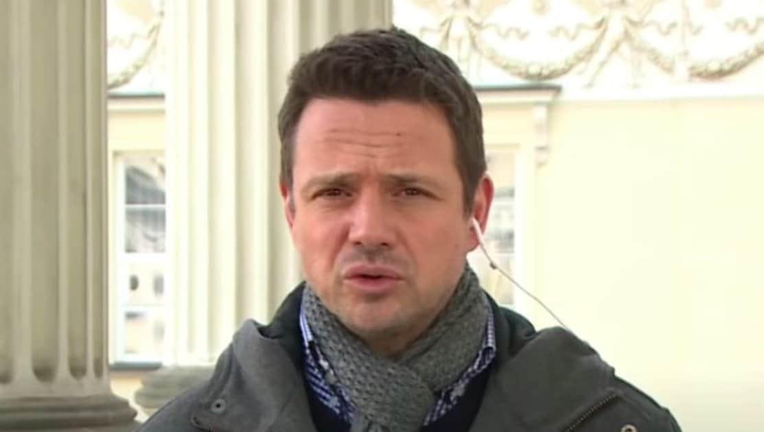 Rafał Trzaskowski wraz z kolegami z Koalicji Obywatelskiej postanowili skomentować rzekome zatrzymanie senatora Jacka Burego. Coś nie wyszło.