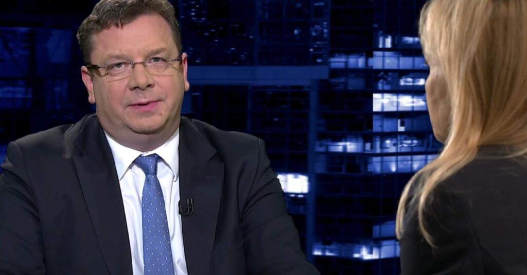 Minister Wójcik zmiażdżył Monikę Olejnik w jej własnym programie w telewizji TVN24. Dyskusja była oczywiście na temat Szumowskiego.