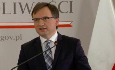 """Po filmie Sylwestra Latkowskiego o pedofilii """"Nic się nie stało"""", nastąpiła natychmiastowa reakcja PiS, między innymi minister Wójcik zapowiedział działania"""