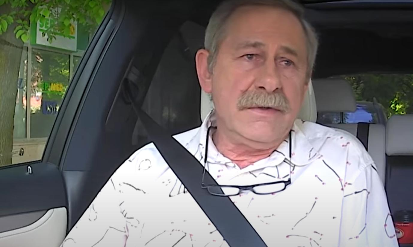 Andrzej Strzelecki znany z serialu TVP, Klan, jest w strasznym stanie, choroba go wyniszczyła, zobacz nagranie zamieszczone w serwisie Facebook.