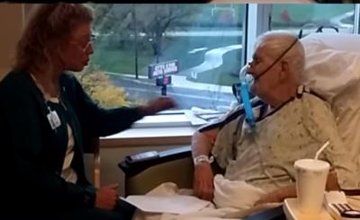 Szpital: Gdy pewna kobieta odwiedziła swojego umierającego ojca w szpitalu nie spodziewała się, że będzie świadkiem takiej sceny z opiekunką w roli głównej.