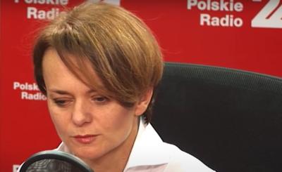 Druga fala epidemii koronawirusa spodziewana jest jesienią, minister rozwoju Jadwiga Emilewicz potwierdza powrót do większości obostrzeń.