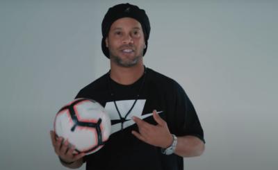 Znany piłkarz i gwiazdor reprezentacji Brazylii Ronaldinho Gaucho pozostawał w więzieniu przez miesiąc, Ronaldinho został aresztowany w Paragwaju.