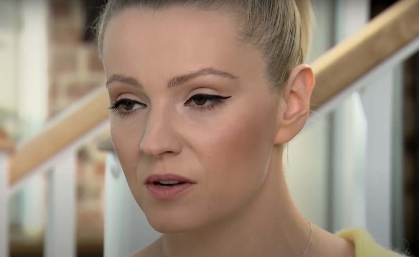 Wpadka jaką zaliczyła Szelągowska (TVN) nie uszła jej płazem, fani są wściekli, że reklamuje produkty Nivea, firmie zarzucane są testy na zwierzętach.