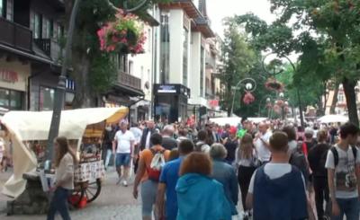 Horrendalna opłata, która została wprowadzona dla turystów w Zakopanem, powoduje, że wakacje i ceny w górach stają się jeszcze bardziej niebotyczne.