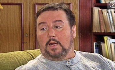 Choroba zmieniła go całkowicie, Dariusz Gnatowski, czyli Arnold Boczek z serialu Świat według Kiepskich zmaga się z nią od lat.