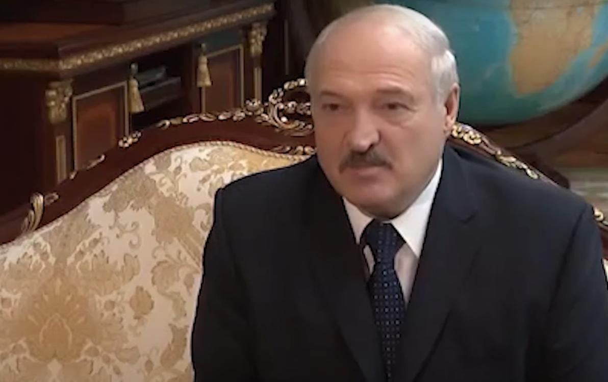 Zamieszki na Białorusi po wyborach prezydenckich, media podają, że Aleksandr Łukaszenka uciekł z Mińska i poleciał do Turcji.