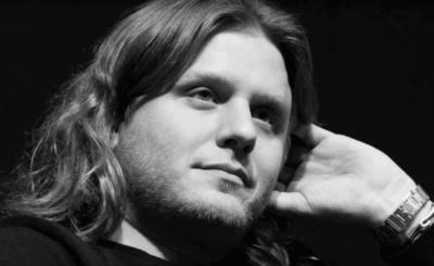 Noc podczas której śmierć poniósł Piotr Woźniak-Starak do dzisiaj okryta jest woalem tajemnicy, jak naprawdę zginął znany producent filmowy?