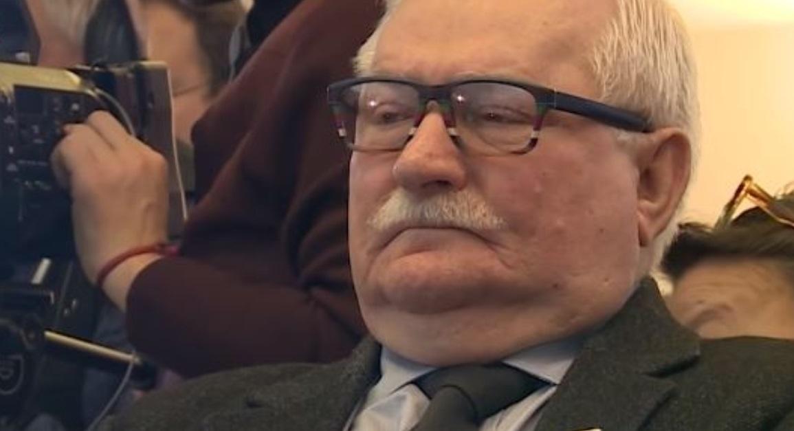 Były prezydent Polski - Lech Wałęsa wzywa PE do interwencji w sprawie Polski oraz Węgier, były lider Solidarności wystosował list w tej sprawie