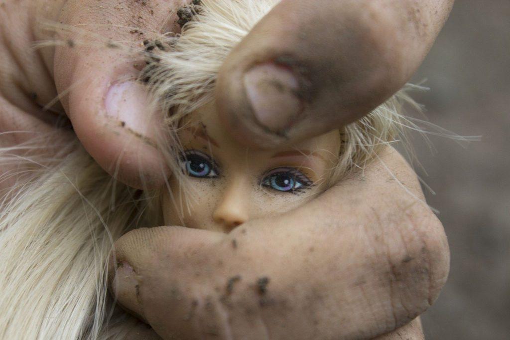 Handel ludźmi/dziećmi: Wielka akcja policji i FBI w Los Angeles, odnaleziono 33 zaginione dzieci, niektóre były wykorzystywane seksualnie