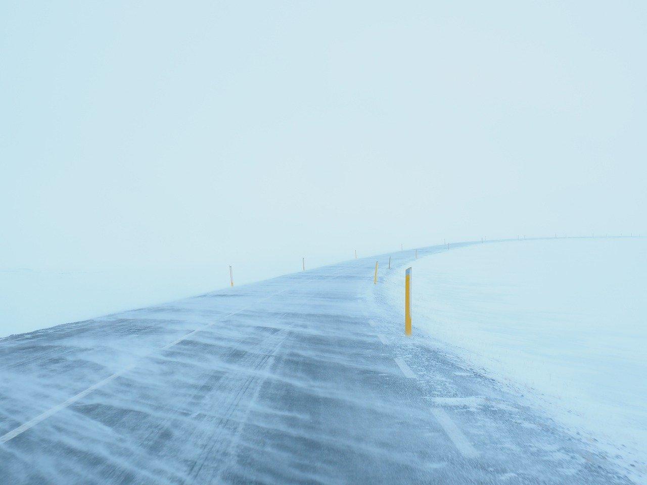 Długoterminowa prognoza pogody pokazuje że luty obfity będzie w opady śniegu oraz silny mróz mogący utrzymać się przez całą dobę