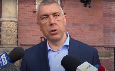 Roman Giertych zapowiada pozew przeciwko TVP, pozew dotyczy materiału jaki telewizja wyemitowała o katastrofie smoleńskiej