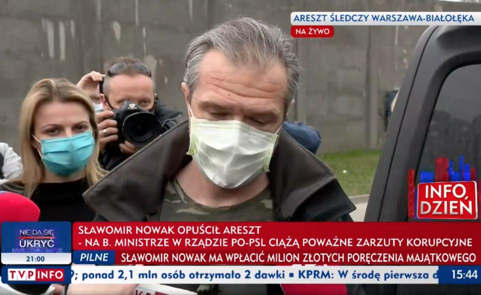 Sławomir Nowak wyszedł z aresztu i udzielił dość długiej wypowiedzi dla mediów. Zapowiedział, że musi teraz odpocząć ale to nie koniec