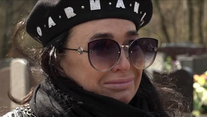 Ewa Krawczyk pokazała się z nieznanej dotąd strony gdy postanowiła odwiedzić syna swojego nieżyjącego męża, dziennikarz posiada nagrania