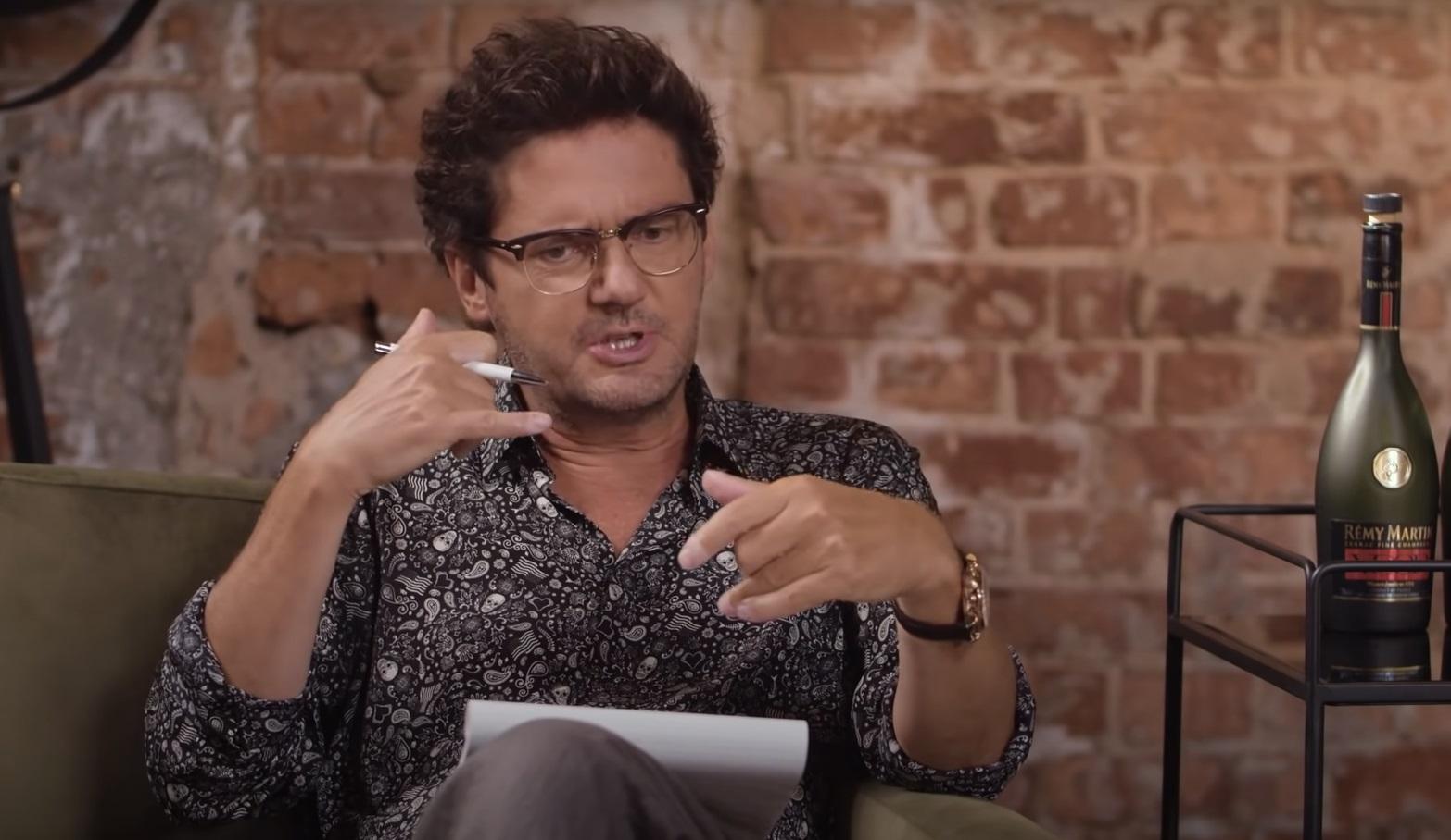 """Michał Piróg wywołał sensację gdy w wywiadzie dla """"Wprost"""" ujawnił, że Kuba Wojewódzki jest gejem. Jego słowa skrajnie zdenerwowały Króla TVN"""