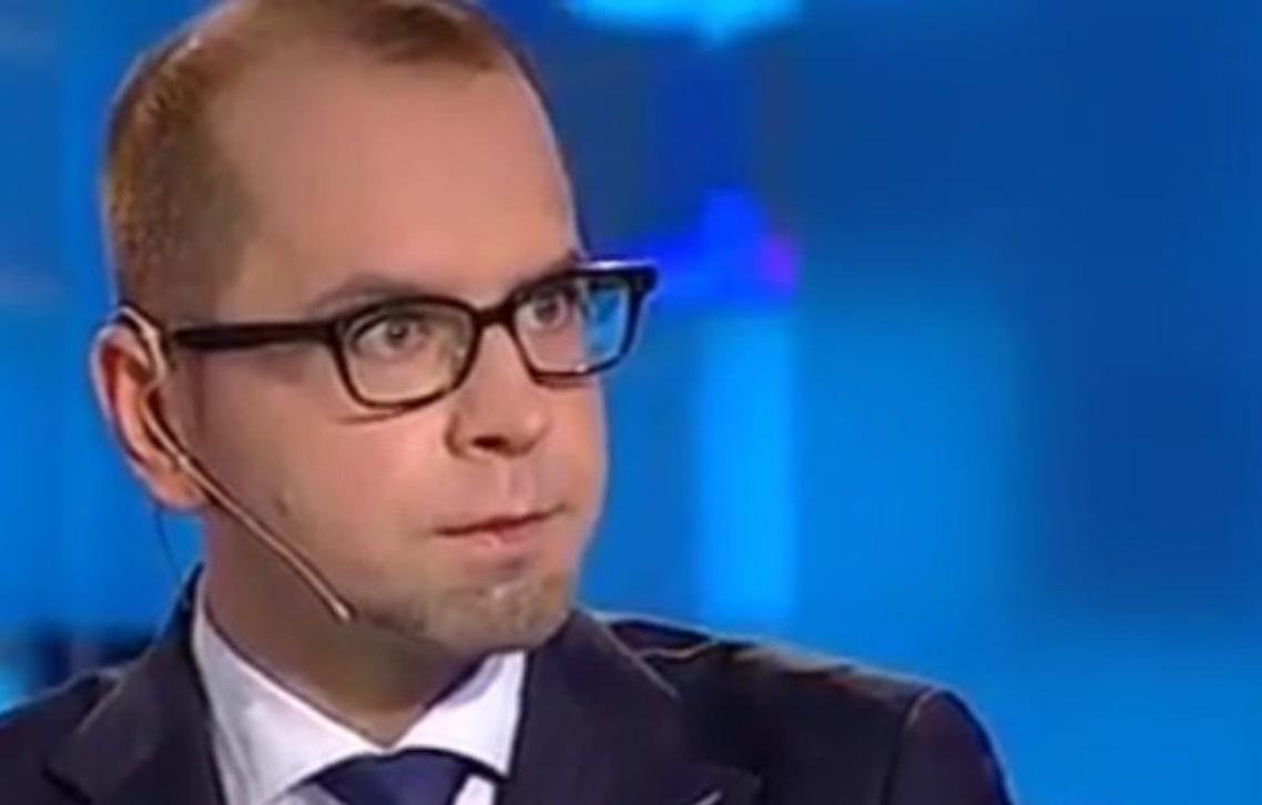 Michał Szczerba wdał się w dyskusję na Twitterze z innymi politykami, niestety ośmieszył się po jednym ze swoich stwierdzeń.