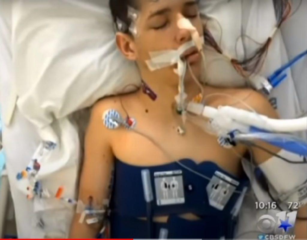 Zack Clements z Brownwood zmarł - to stwierdzenie nie jest przesadne, bowiem 17-latek technicznie był martwy przez 20 minut. Śmierć kliniczna