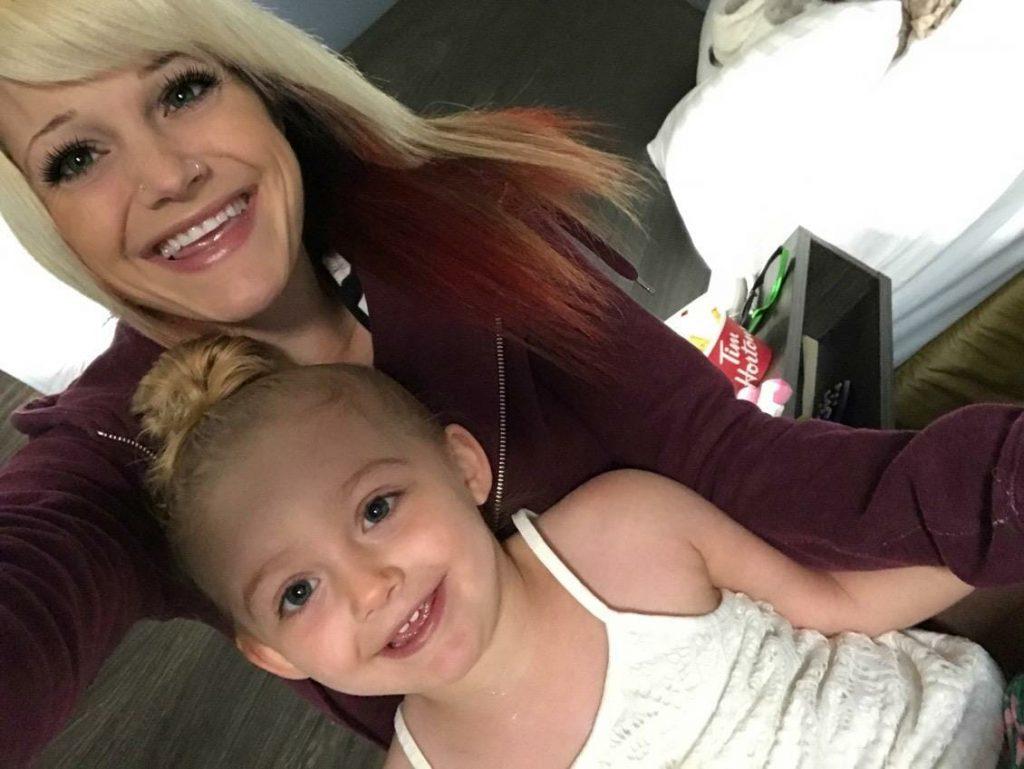 Nie mogła dobudzić córki po drzemce, gdy się okazało co jej jest natychmiast musiała zawiadomić karetkę. Jennifer Abma przestrzegła rodziców