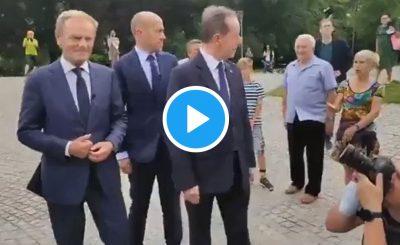 Donald Tusk udał się z wizytą do Szczecina gdzie podczas zaplanowanego dnia doszło do przepychanek tych słownych i fizycznych.