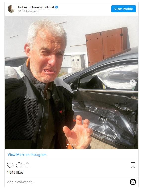 Huber Urbański miał wypadek, zdjęcia jego samochodu po kolizji znalazły się w sieci. Widać na nich poważne uszkodzenia pojazdu.